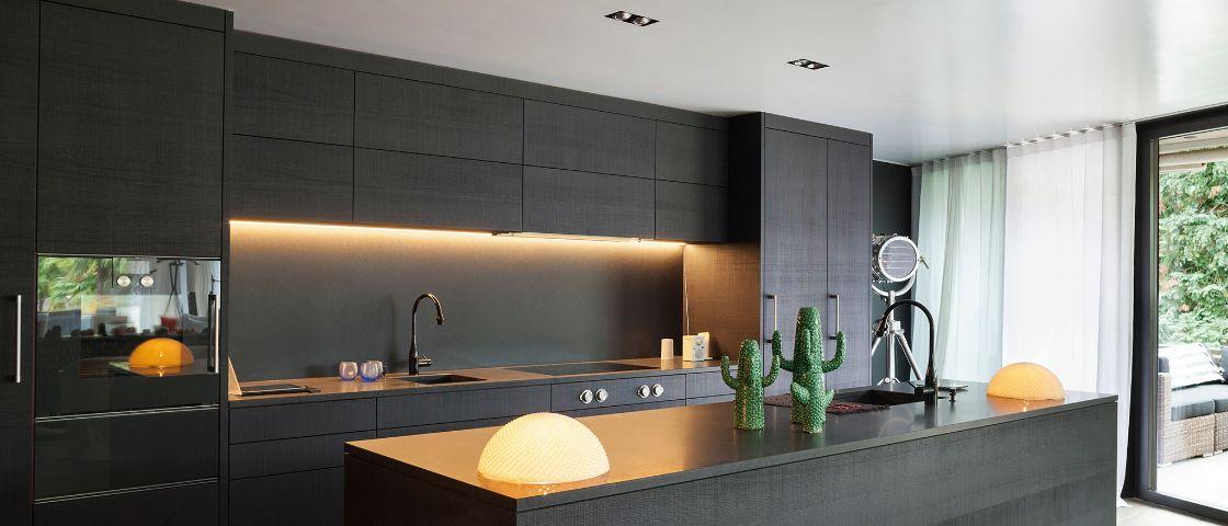 bent u opzoek naar mooie led keuken verlichting voor onder uw keukenkasten of in uw keukenlade
